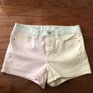 Gap women's color block shorts size 29 never worn
